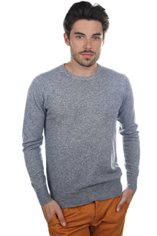 men basic-sweaters-at-low-prices mong-hrond