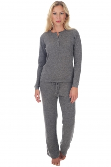 Cashmere  ladies pyjamas loan