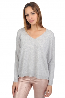 Cashmere  ladies v necks cersei